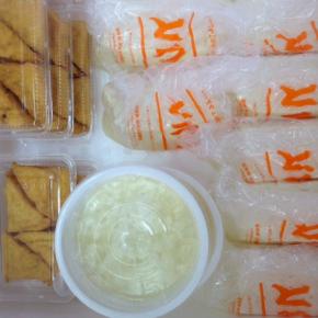 3/30(fri)本日の仕入れです。  浦添市 佐久川豆腐(九州産ふくゆたか一等大豆使用)の島豆腐・ゆし豆腐・厚揚げ豆腐が入荷しました。