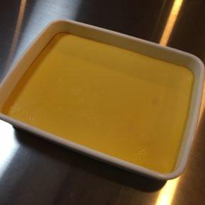 6/22(sat)のデリ!秋川牧園の卵と県産ミルクのプリンが焼き上がりました!FLAP COFFEEブラジル豆の水だしアイスコーヒーと一緒にいかがですか。