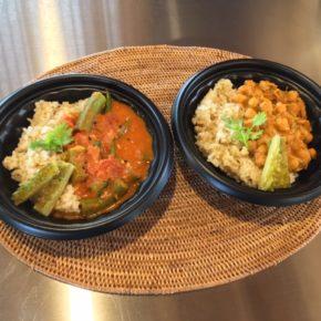 6/28(fri)のデリ!玄米とオクラのカレー(動物性の原材料不使用)、ヤムウンセン(タイ風春雨サラダ)、大豆のチリビーンズのご用意ができました!このあと鶏唐も揚げ始めます。