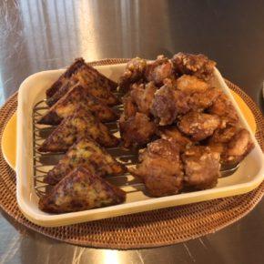 6/29(sat)のデリ!秋川牧園の鶏もも肉の唐揚げ、パプアニューギニア海産の天然エビの擂り身と八重岳ベーカリーの食パンを使ったエビトースト、玄米とオクラのカレー(動物性の原材料不使用)をご用意しています。